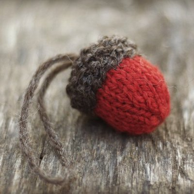 Acorn Ornament Knitting Pattern from resilientknitter